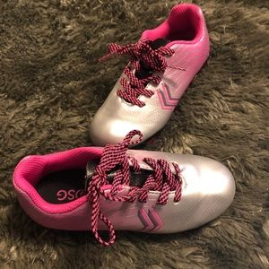 DSG, Dick's sporting goods girls cleats never worn